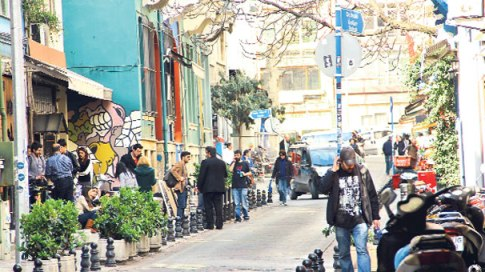 Kadife sokak, la rue des bars de Kadikoy