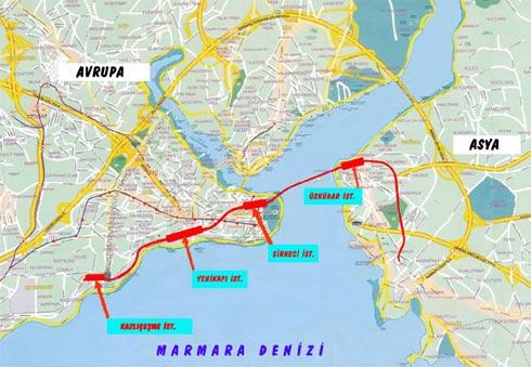 Le tunnel Marmaray (en rouge)